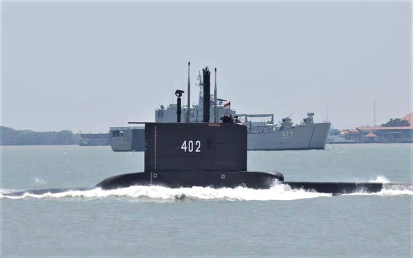 Ινδονησία - υποβρύχιο - Νεκρά τα μέλη