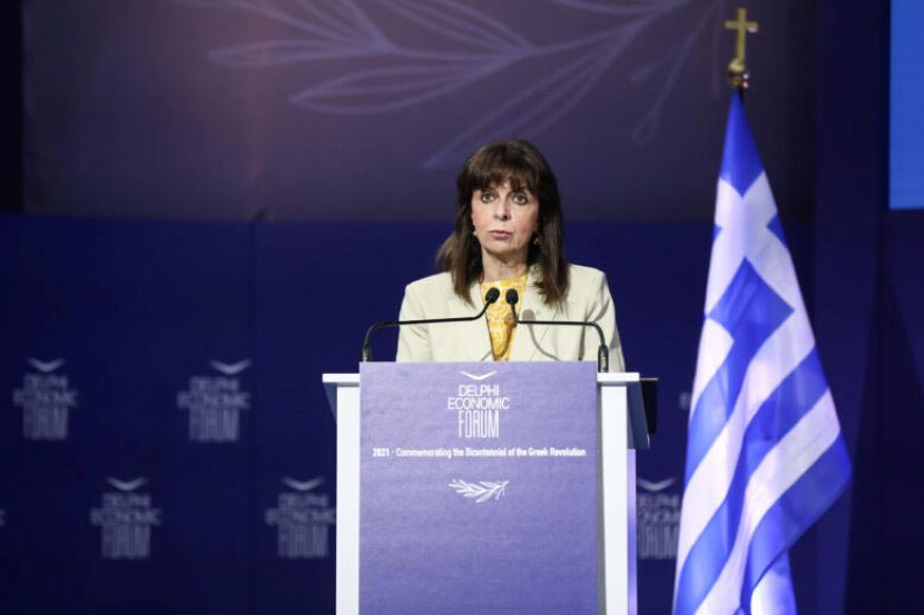 Κατερίνα Σακελλαροπούλου