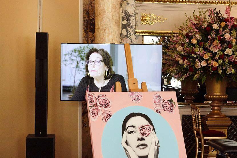 Η βραβευθείσα Νάνα Μούσχουρη απήφθυνε χαιρετισμό διαδικτυακά στο Gala Maria Callas