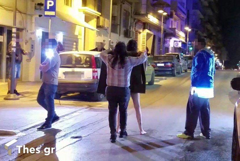Θεσσαλονίκη - γυναίκα ολόγυμνη