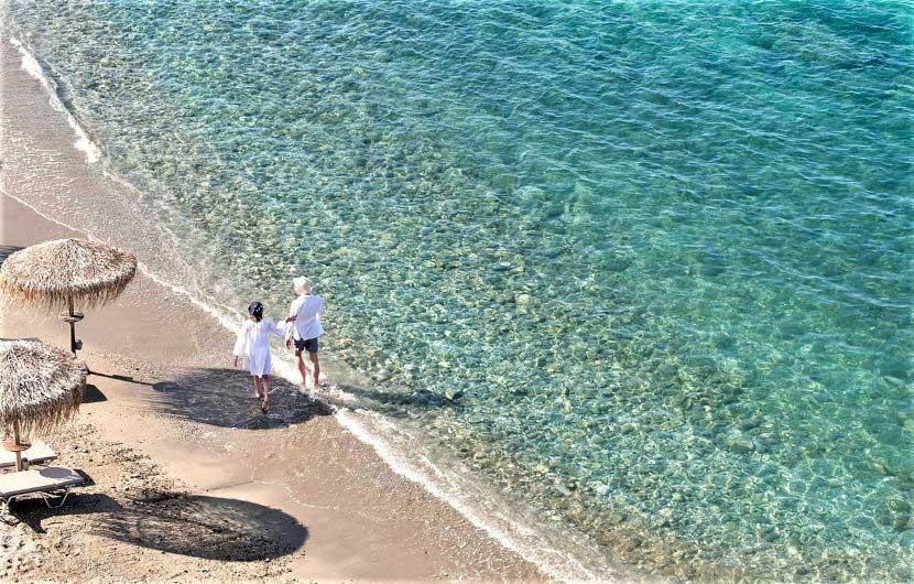 παραλία με τη γαλάζια σημαία