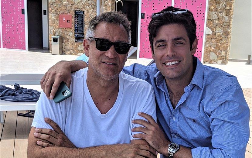 Ο Γιώργος Ντάβλας και ο Κώστας Μαρτάκης στο EverEden Beach Resort Hotel & Spa